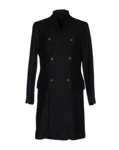 Пальто Overcome
