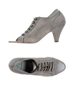Обувь на шнурках Quelques Shoes DE Plus
