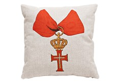 Декоративная подушка «Верховный Орден, Ватикан» Object Desire