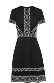 Приталенное платье с коротким рукавом и контрастной вышивкой Tadashi Shoji