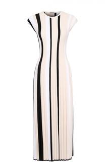 Приталенное плиссированной платье-макси с круглым вырезом MRZ