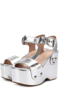 Босоножки из металлизированной кожи на фигурной танкетке Marc Jacobs