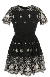 Кружевное мини-платье с контрастной вышивкой Alice + Olivia