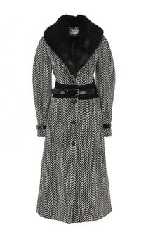 Приталенное пальто с отделкой из меха нутрии Lanvin