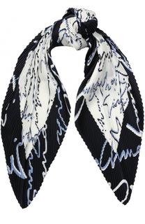 Шелковый плиссированный платок с надписями Giorgio Armani