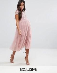 Платье с короткими рукавами, кружевным топом и юбкой из тюля Little Mistress Maternity - Розовый