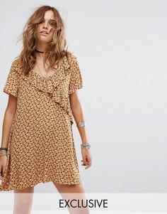 Свободное платье с оборками Reclaimed Vintage Inspired - Желтый