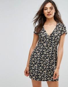 Платье на пуговицах с цветочным принтом Goldie - Мульти