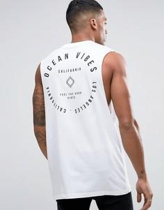 Длинная футболка без рукавов с заниженными проймами и принтом Ocean Vibes ASOS - Белый