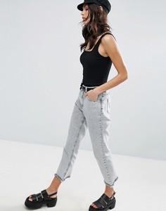 Черные мраморные джинсы в винтажном стиле с дугообразным необработанным низом ASOS ORIGINAL - Черный