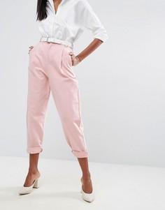Розовые суженные книзу джинсы с ремнем ASOS - Розовый