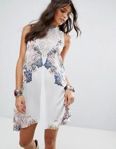 Платье-комбинация с принтом Free People - Белый