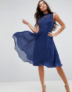 Платье миди без рукавов с кружевной вставкой ASOS - Темно-синий