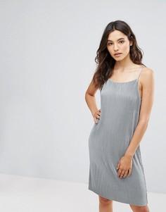 Платье-комбинация из трикотажа с отливом Only Peno - Серый
