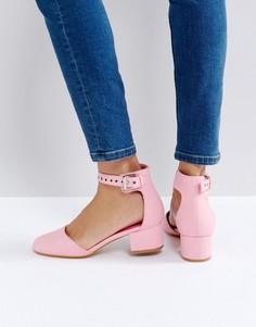 Туфли на среднем каблуке с люверсами Truffle Collection - Розовый