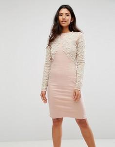 Облегающее платье с отделкой искусственным жемчугом A Star Is Born - Розовый