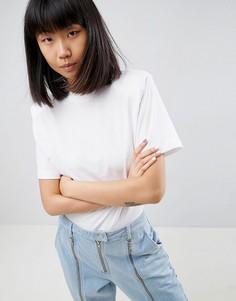 Боди-футболка с круглым вырезом и подплечниками ASOS WHITE - Белый
