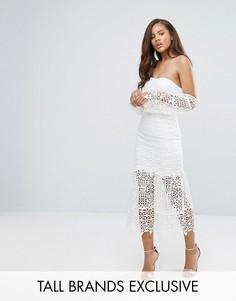 Кружевное платье миди со спущенными плечами и вырезным узором Jarlo Tall - Белый