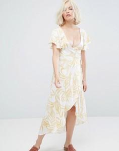 Платье с принтом, запахом и каскадной драпировкой Minkpink - Мульти