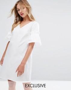 Свободное платье с оборками Monki - Белый