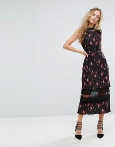 Плиссированное платье миди с кружевной вставкой и цветочным принтом Foxiedox - Мульти
