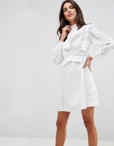 Свободное хлопковое платье с рюшами и кружевными вставками ASOS PREMIUM - Белый