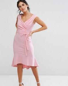 Платье миди с баской и запахом спереди City Goddess - Розовый