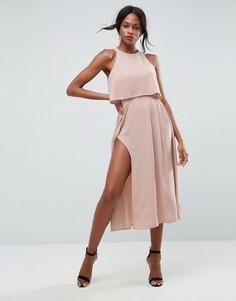 Платье миди с укороченным топом и разрезом ASOS - Розовый