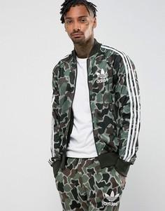 Зеленая куртка с камуфляжным принтом adidas Originals Superstar CD9303 - Зеленый