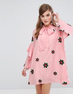 Свободное платье с завязкой на шее и вышивкой Sister Jane - Розовый