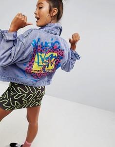 Джинсовая куртка с принтом на спине ASOS x MTV - Фиолетовый