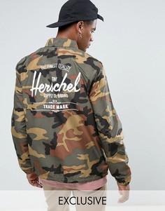 Камуфляжная складывающаяся спортивная куртка с принтом логотипа на спине Herschel Voyage - ЭКСКЛЮЗИВ - Зеленый