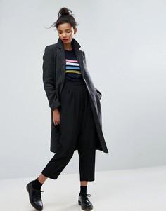 Фактурное облегающее пальто с карманами ASOS - Серый