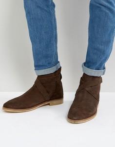 Коричневые замшевые ботинки челси с ремешками и натуральной подошвой ASOS - Коричневый