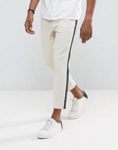 Зауженные брюки с полосками по бокам ASOS - Серый