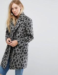 Пальто с леопардовым принтом Glamorous - Серый