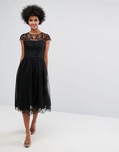 Кружевное платье миди Chi Chi London Premium - Черный