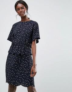 Платье с присборенной талией Y.A.S - Синий