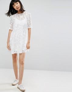 Свободное кружевное платье мини с подкладкой на бретелях ASOS - Белый