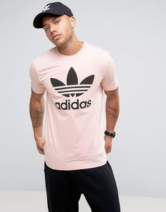 Розовая футболка с трилистником adidas Originals BQ1814 - Розовый