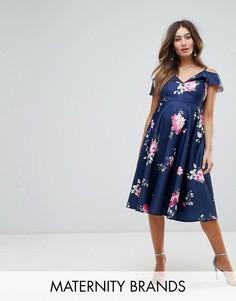 Платье миди с открытыми плечами и оборками Chi Chi London Maternity - Мульти