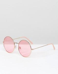 Круглые солнцезащитные очки в оправе цвета розового золота и розовыми стеклами South Beach - Розовый