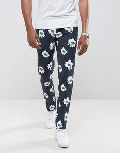 Синие строгие брюки зауженного кроя с цветочным принтом ASOS - Синий