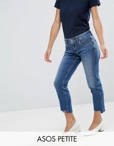 Темные джинсы бойфренда со ступенчатым нижним краем ASOS PETITE KIMMI - Синий