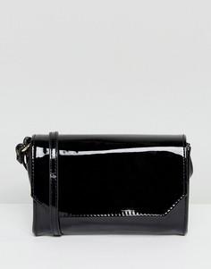 Лакированная сумка через плечо с откидным клапаном ASOS - Черный