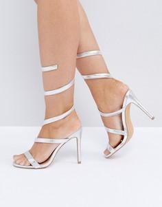 Серебристые босоножки на каблуке со спиралевидной отделкой Public Desire Fire - Серебряный