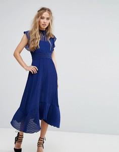 Платье миди со вставкой кроше на талии Foxiedox - Синий