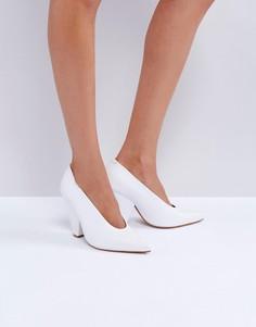 Кожаные туфли на каблуке ASOS PALETTE - Белый