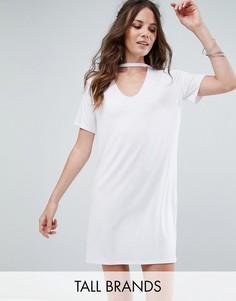 Свободное платье-футболка с чокером Glamorous Tall - Белый