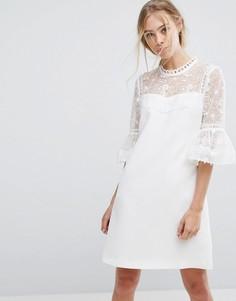 Платье с кружевом и оборками на рукавах Ted Baker - Белый
